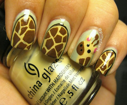 grilled nails giraffe